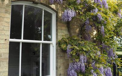 Roseview Vertical Sliding Sash - Ultimate